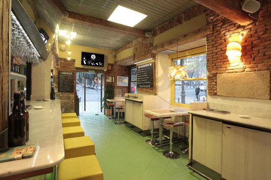 View of La Tape gluten-free restaurant in Madrid